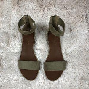 Rock & Candy Nancie tassel sandal
